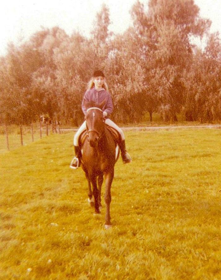 Saskia Tiemens, paard, energetisch therapeut, bewustzijnscoach, healer, welzijn voor dier & mens, holistisch praktijk, kat, hond, hsp, hoog gevoelig,balans